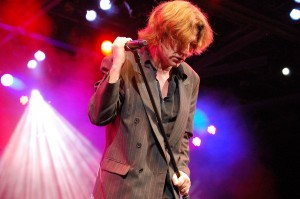 Matchbox Twenty's Kyle Cook to Play European & UK Dates this April 2011 with John Waite